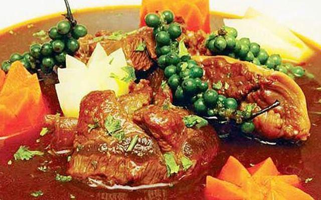 Thịt bò nấu Ragu